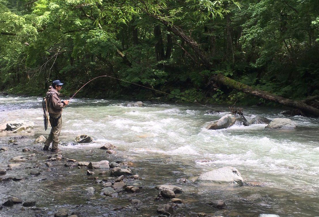 渓流ルアー釣りの立ち位置について